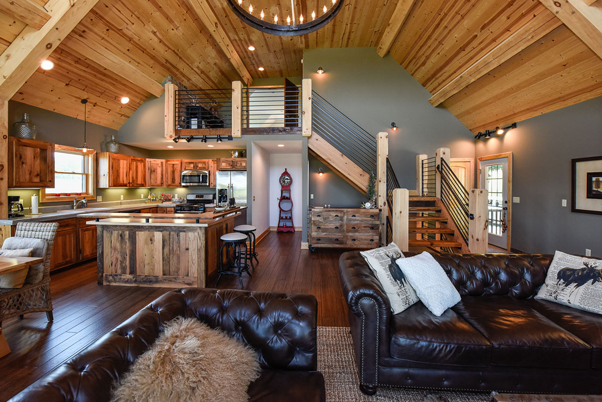 Chalet Open Concept Lofty Mountain Homes